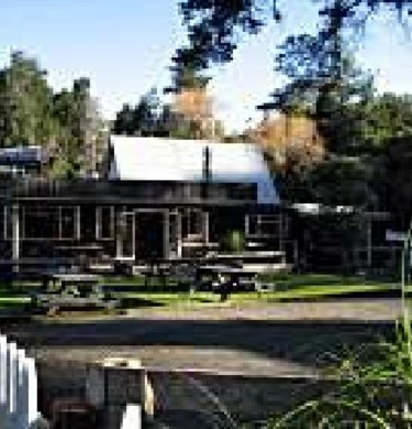 Picture of Morere Springs Tearooms & Camping Ground, East Cape