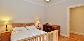 Spacious 2 Bed Apartment in Stockbridge - Second Bedroom