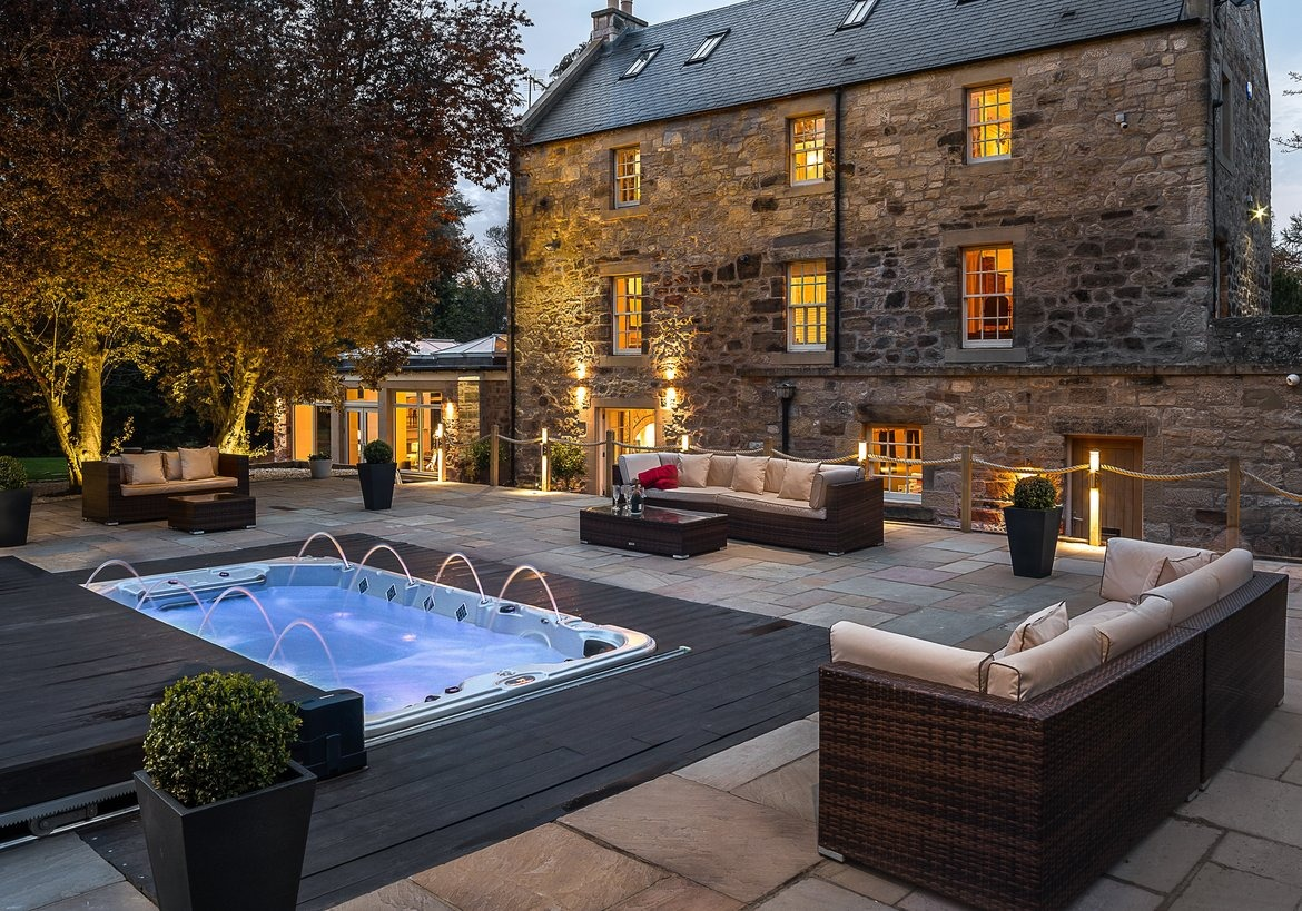 Self catering home with SPA and hot tub