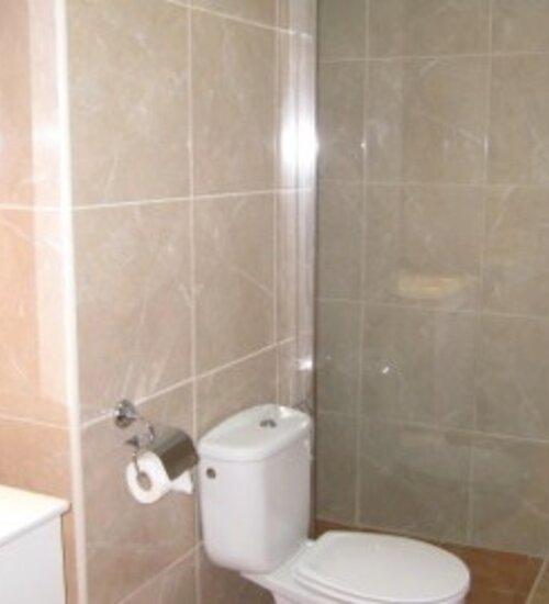 14B2 bathroom