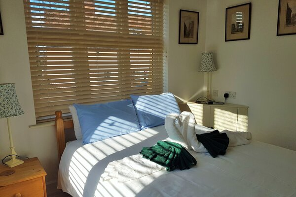 Bedroom - Cozy double bed including towels and linen.