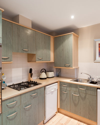 Parkgate (Holyrood Road) 3 - Modern family kitchen with all the necessary kitchen utensils