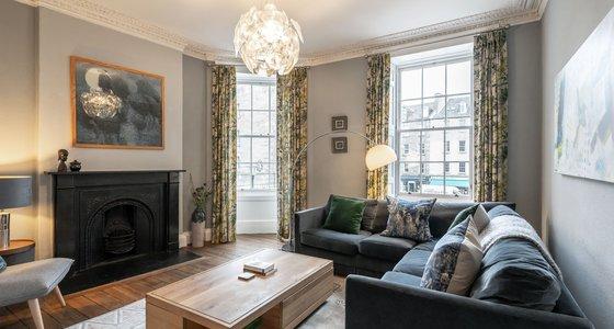 Living room - Large, bright living room in Edinburgh City Centre location.