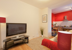 Castle Wynd South Apartment-1