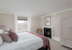 Stafford Street Townhouse King Bedroom