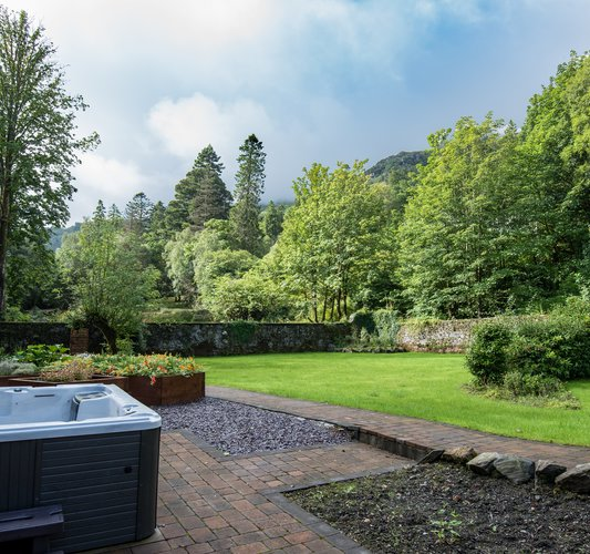 Loch Lomond - Hot Tub