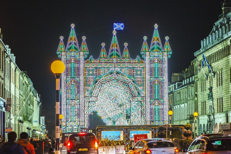 Edinburgh Christmas Light shows 2020