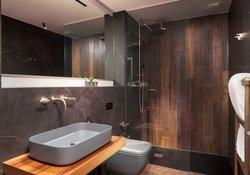 Ensuite bedroom for Oak bedroom