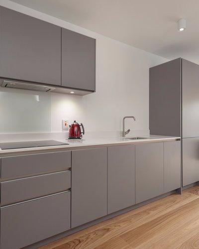 Cruickshank Gardens 2 - Modern, family kitchen and dining area in Edinburgh holiday let