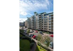 Portland Gardens Apartment-40