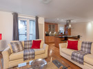 The Park (Holyrood Road) 9 - Spacious family living area and kitchen at Edinburgh holiday let