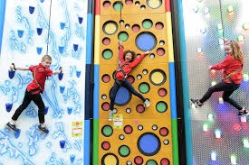 ratho climbing (© edinburgh leisure)