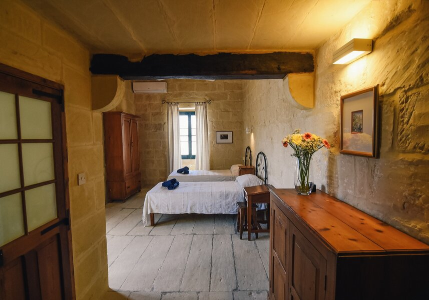16. Twin bedroom with ensuite overlooking garden and church views