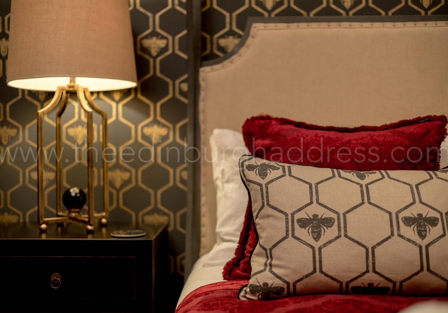 Master Bedroom (© The Edinburgh Address)