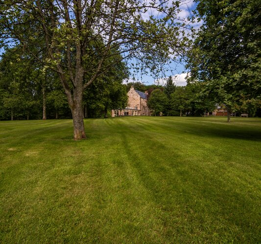 The gardens - Private Garden - Set in 3.5 acres of landscaped gardens, a peaceful and private riverside retreat.