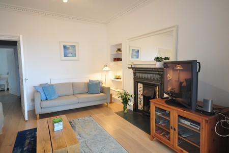 Putt and Tide - Large holiday home in North Berwick, sleeps 10  , Coast Properties