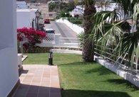 Indabella side garden