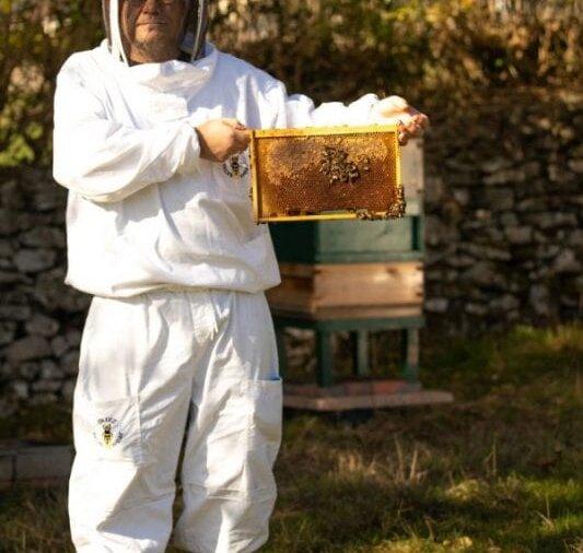 joe-beekeeper-1-600x900