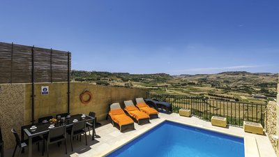 Swimming pool - Private swimming pool in Gozo villa