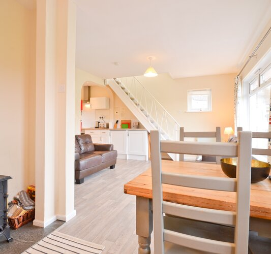 Dining Area - Seaview - Wight Holiday Lettings