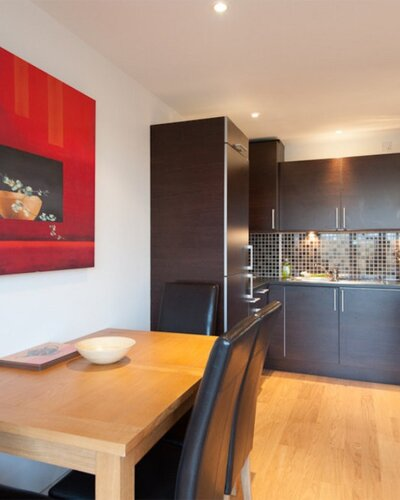 282751-the-lochend-park-view-residence-no-1-13 - Dining area and kitchen in Edinburgh family holiday let