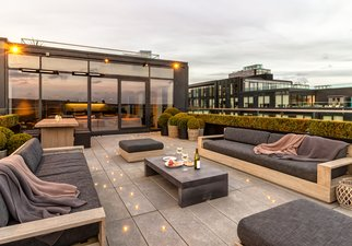 Terrace to Apartment