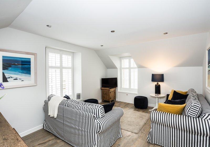 Coast Properties Hideaway - Stunning one bedroom apartment sleeps 2