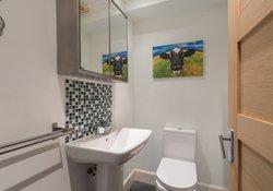 Gilmore Place Apartment Bathroom