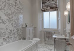 34.Marble Bathroom