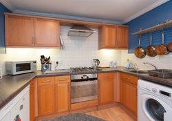 Hart Street Apartment-13