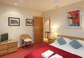 Edmonstone Close Apartment-5