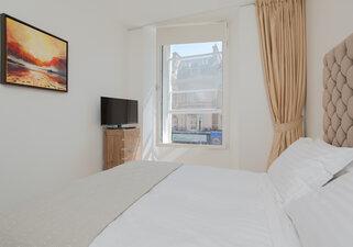 Shandwick Place Apartment 2-6