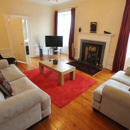 4 Bedroom Holiday apartment in Edinburgh city centre
