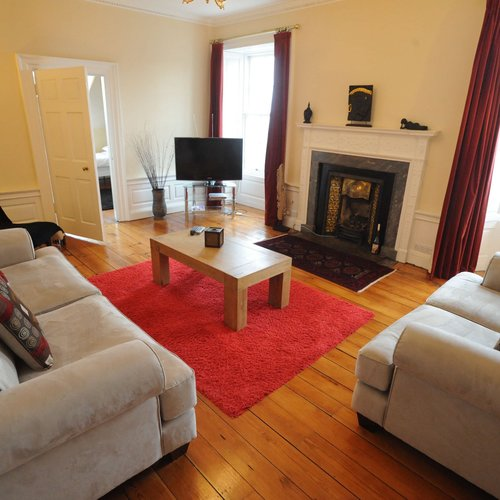 4 Bedroom Holiday apartment in Edinburgh city centre