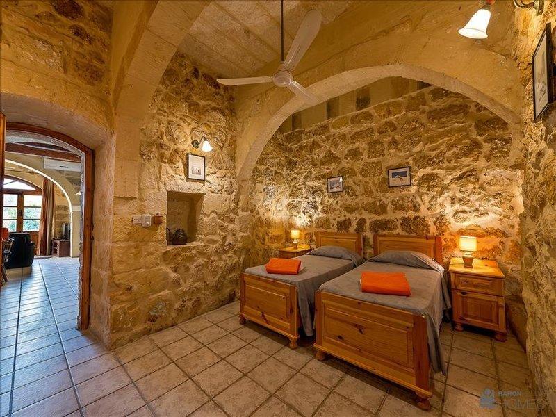 Bedroom 1 Baron