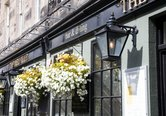 38.Local Area -William Street Shops, Pubs and Eateries