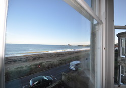 1st floor stunning sea views self catering flat