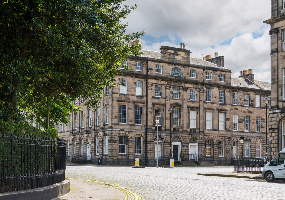 Photo of Beautiful Great King Street Apartment, New Town, Edinburgh
