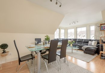 HopetounSt-00005 - Comfortably furnished living room/dining area at Edinburgh holiday let