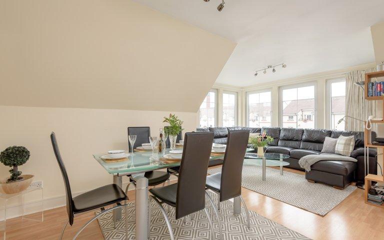 HopetounSt-00005 - Comfortably furnished living room/dining area at Edinburgh holiday let