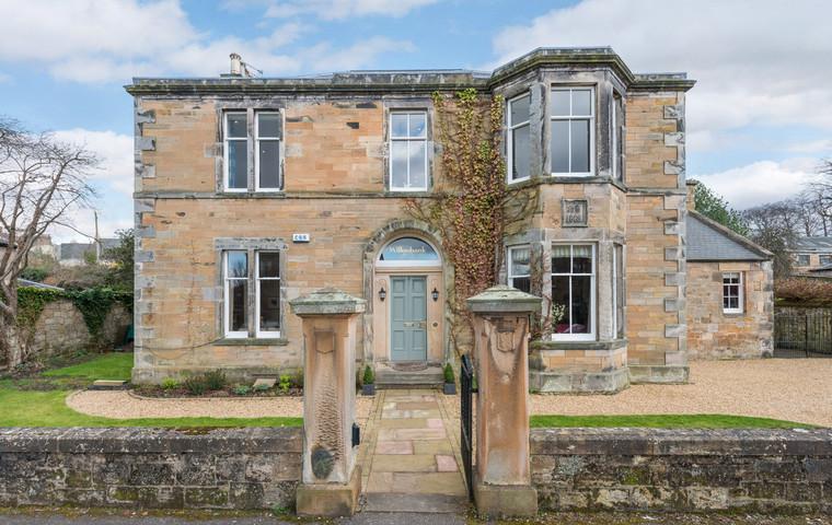 Photo of Spacious Willowbank Home, Dalkeith, near Edinburgh