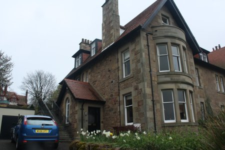 Seascape, 2 bedroom ground floor holiday flat - North Berwick