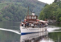 Cruiser on LOch Lomond