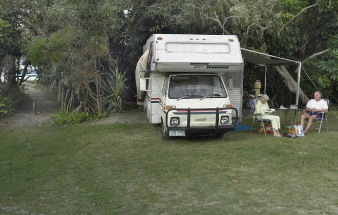 Home Beach Camping Ground (© Straddie Camping Pty Ltd)