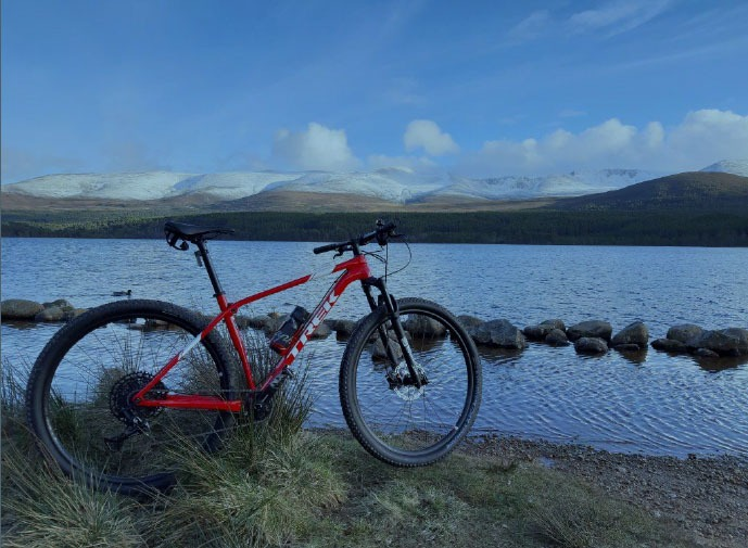 loch-morlich-cycle