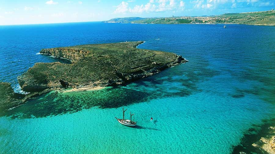"""Gozo's Blue Lagoon Diving Sites"""