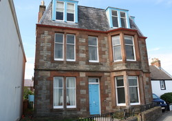 Linda Vista, Self Catering right on the sea front in North Berwick