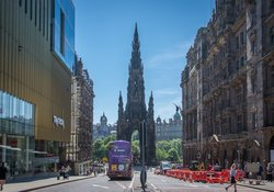 Neighbourhood - View of Scott Monument