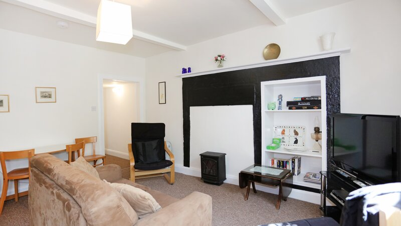 1V7A0003 - Living room in North Berwick Holiday home.