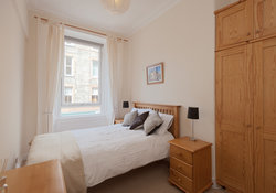 Rossie Place Apartment-11